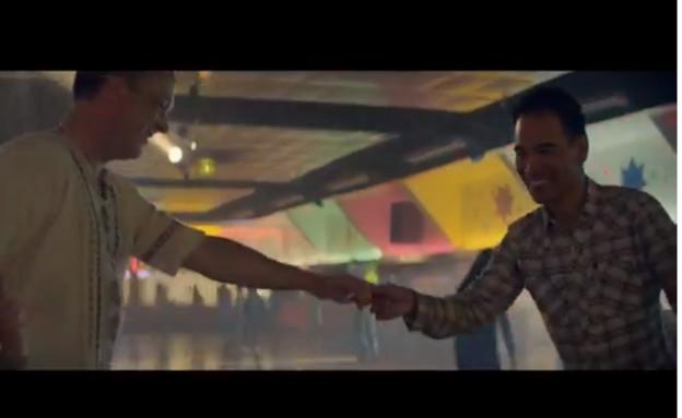 קמפיין סופרבול קוקה קולה (וידאו WMV: צילום מסך ,צילום מסך)