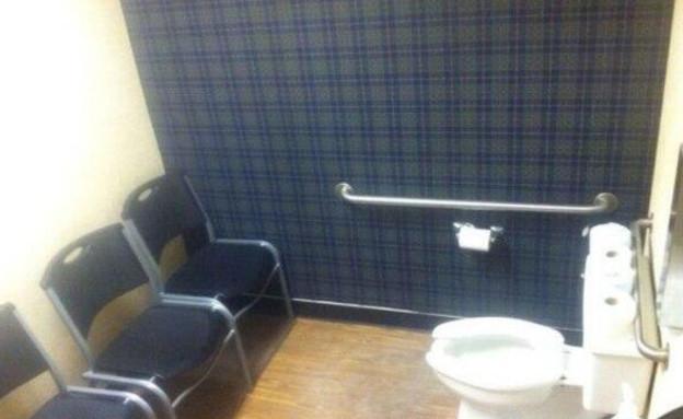 שירותים בסוצ'י (צילום: Twitter)