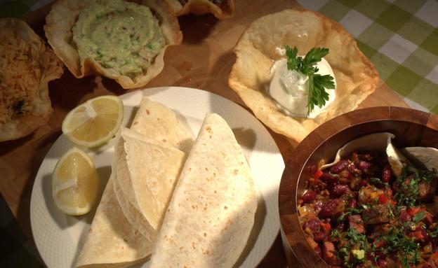 ארוחת בוקר מקסיקנית של איתן סלומון (צילום: דניאל בר און ,mako)