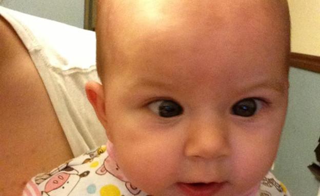 תינוקת פוזלת (צילום: carlinha1289)