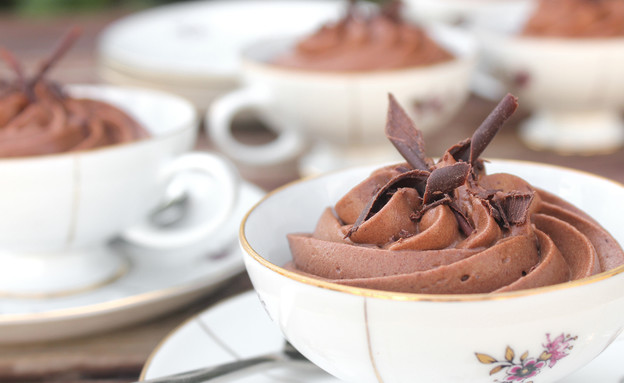 מוס אספרסו ושוקולד חלב (צילום: אסתי רותם ידידיה ,אוכל טוב)
