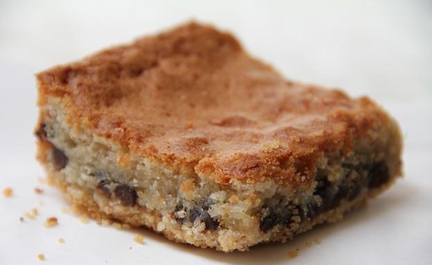 """בראוניז שקדים של ארקפה (צילום: עידית נרקיס כ""""ץ ,אוכל טוב)"""