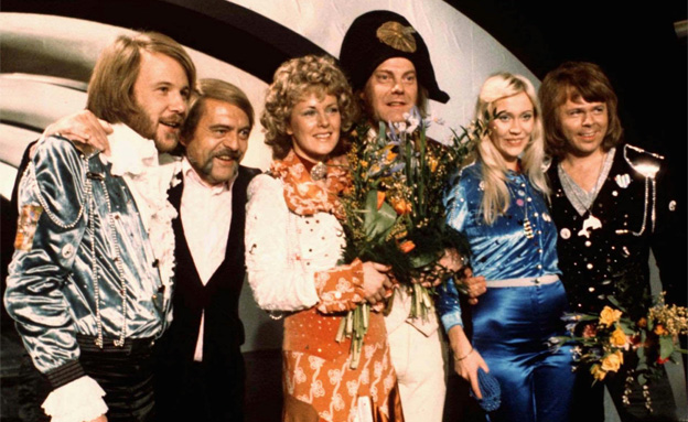 הפכו לאגדה. ABBA באירוויזיון 1974 (צילום: AP)