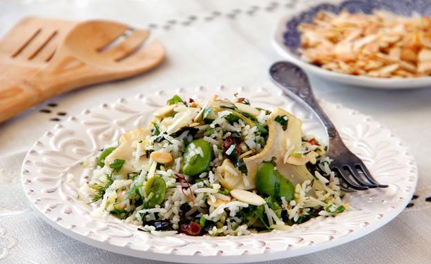 פילאף אורז וזעפרן עם לבבות ארטישוק טריים ופול ירוק (צילום: קרן ביטון כהן ,אוכל טוב)