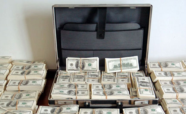 כך נסחטו מיליונים מאנשי עסקים, אילוסטרציה (צילום: רויטרס)
