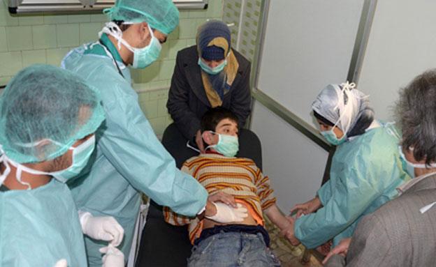 פצועים כתוצאה משימוש בנשק כימי. ארכיון (צילום: רויטרס)
