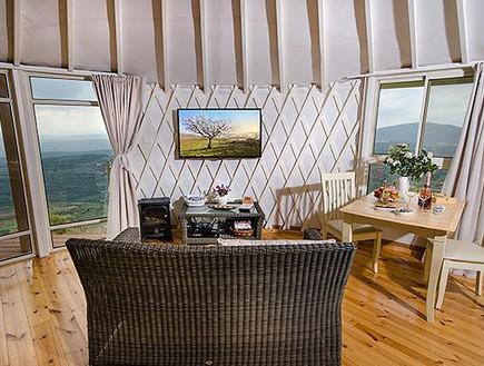 ציור נוף, צלם אלברט אדוט, צימר על ההר