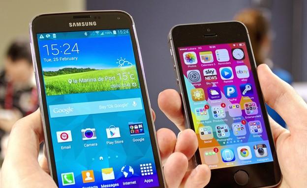 אייפון, גלקסי (צילום: androidcentral.com)