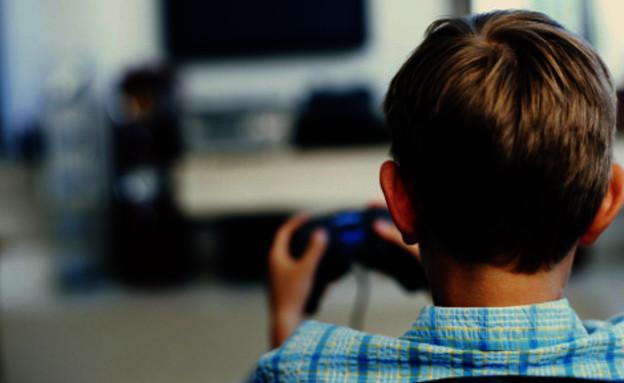 ילד משחק (צילום: thinkstock)