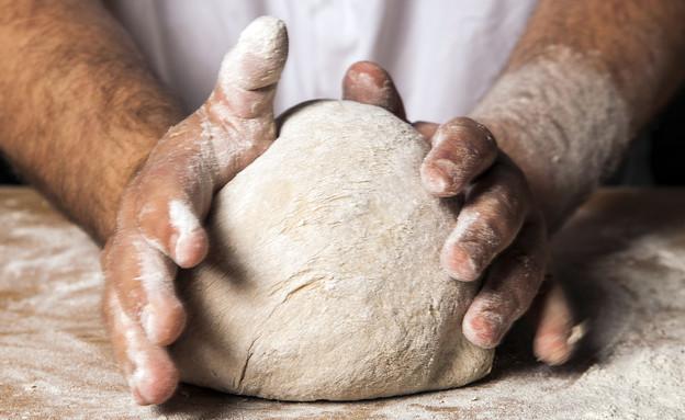 מכינים לחם מחמצת. התפחה (יח``צ: אסף אמברם)