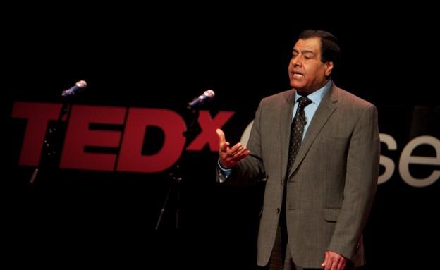 """ד""""ר עז א דין אבו עייש (צילום:  Flicker)"""