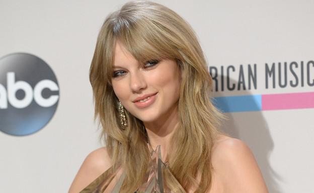 טיילור סוויפט בטקס פרסי המוזיקה של אמריקה 2013 (צילום: Getty images ,getty images)