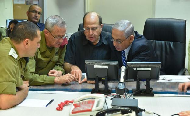 """""""ניווטנו את המבצע באחריות"""" (צילום: אריאל חרמוני, משרד הביטחון)"""
