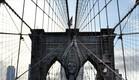 דוגמניות ואדריכלות, גשר ברוקלין (צילום: Trina Merry)