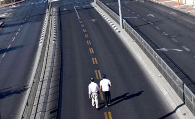 הכבישים יישארו ריקים (צילום: AP)