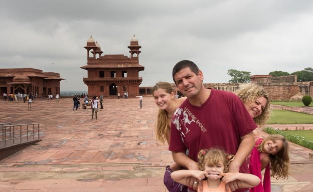 משפחת דרור בהודו (צילום: נופר יורן ,mako)