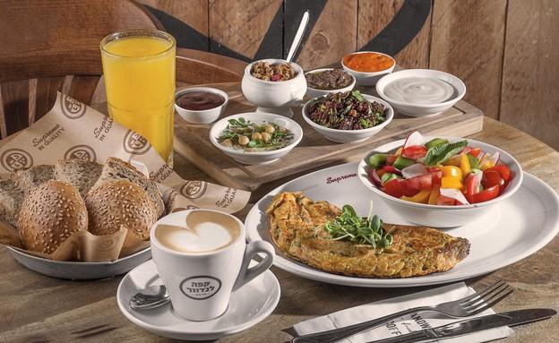 ארוחת בוקר קפה לנדוור (צילום: אנטולי מיכאלו ,יחסי ציבור)