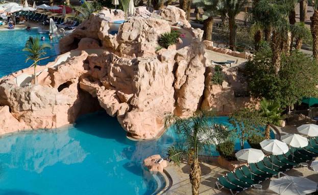 מלון דן אילת בריכה (צילום: סיון פרג')