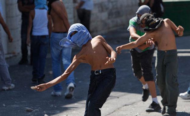 """""""לחזק את ההתנגדות"""" (צילום: AP)"""