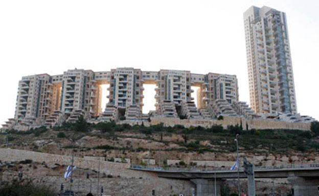 פרויקט הבנייה מעורר המחלוקת (צילום: AP)