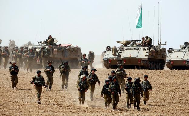 חיילים במהלך המבצע. ארכיון (צילום: רויטרס)