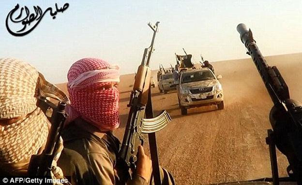 """חמושי דאע""""ש, ארכיון (צילום: חדשות 2)"""