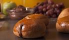 לחמניות חמאה ביתיות. ריח משגע (צילום: אפיק גבאי ,לאפות, לבשל, לאהוב)