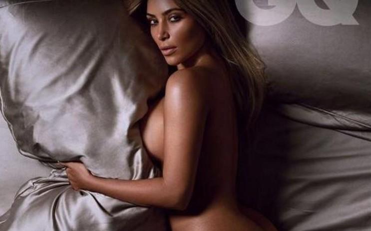 סקס חזה גדול קלטת הסקס של קים