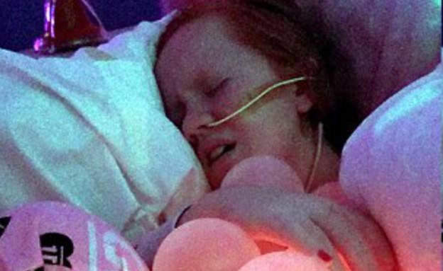 לוסי, סובלת מתסמונת SMA (צילום: swns.com)