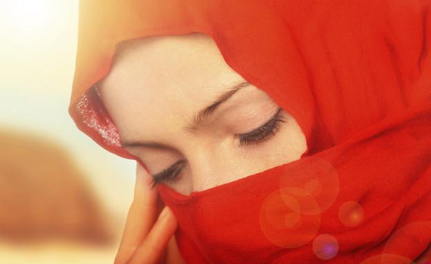 אישה ברעלה (צילום: אימג'בנק / Thinkstock ,mako)