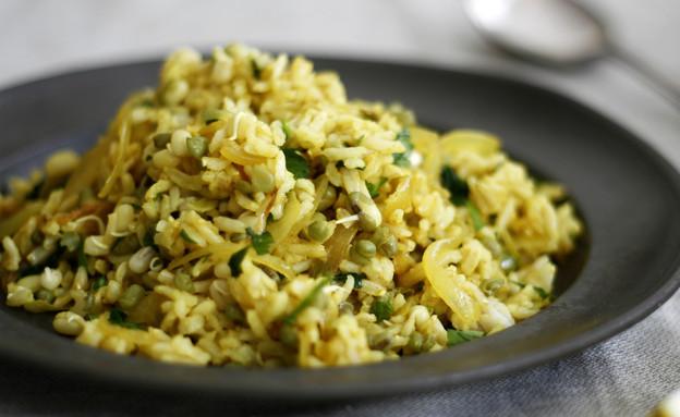 מג'דרה מאורז מלא ושעועית מש (צילום: אפיק גבאי ,אוכל טוב)