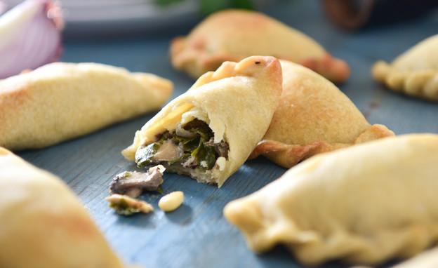 אמפנדס פטריות (צילום: נמרוד סונדרס ,אוכל טוב)