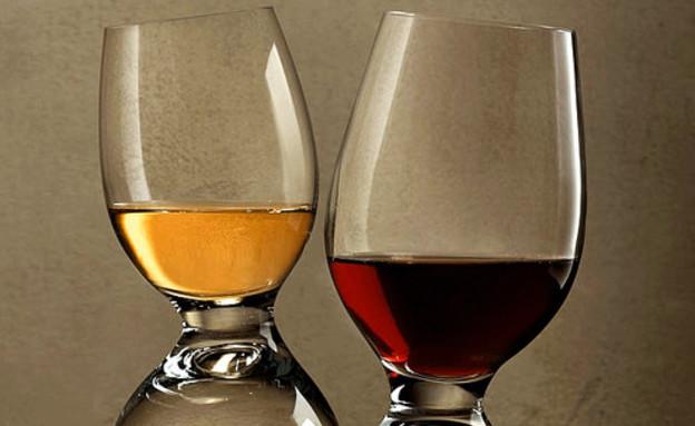 החמישייה 17.11, כוסות יין (צילום: nudeglass)