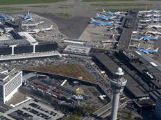 שדה התעופה סכיפהול (צילום: רויטרס)