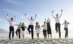 עובדים שמחים (אילוסטרציה: thinkstock ,thinkstock)
