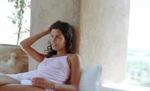 אישה בתחתונים (צילום: אימג'בנק / Thinkstock)