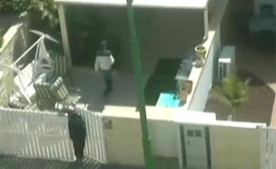 צפו: המשטרה תפסה את השודדים על חם (צילום: חדשות 2)