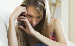 אישה עצובה (צילום: אימג'בנק / Thinkstock ,mako)