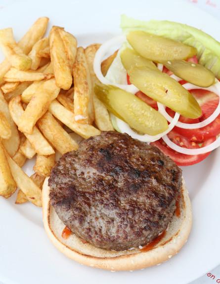 הבן של סימו, קריית שמונה - המבורגר (צילום: עודד קרני, אוכל טוב)