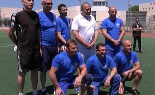 פוליטיקאים משחקים, כדורגל (צילום: חדשות 2)