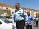 """מ""""מ המפכ""""ל מגיע לבית משפחת ברכה (צילום: עזרי עמרם, חדשות 2)"""