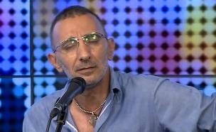 שמעון בוסקילה באולפן הבילויים (צילום: מתוך הבילויים ,ערוץ 24)
