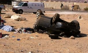 המכונית שהתהפכה בכביש הערבה הבוקר