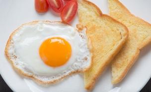 ביצה עין פריכה (צילום: thinkstock ,thinkstock)