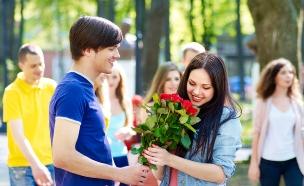 אוהבים צעירים (צילום: shutterstock ,מעריב לנוער)