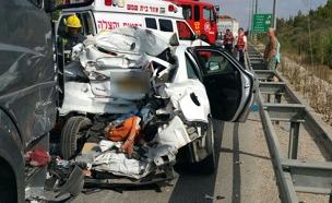 זירת התאונה (צילום: כבאות והצלה בית שמש)