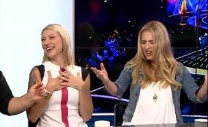 דניאלה לוגסי בביצוע מיוחד (צילום: מתוך עולם הזוהר ,ערוץ 24)