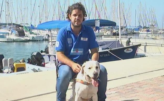 """""""ממש נפגעתי"""". אלימלך וכלבתו, היום (צילום: חדשות 2)"""