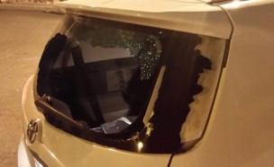 הרכב שהותקף באבנים, הערב