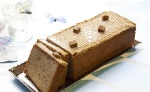 עוגת דבש ומרציפן בראייה מחודש, סטיילנג: עמית פרבר (צילום: דניאל לילה ,יחסי ציבור)